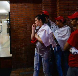 Suben a tres los fallecidos por atentado en centro comercial de Bogotá