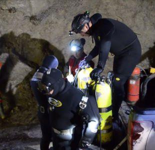 [VIDEO] Buzos tácticos se suman a labores de búsqueda de mineros atrapados en Chile Chico