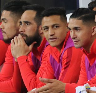 [VIDEO] Alexis y Bravo luchan por llegar en perfectas condiciones al partido con Alemania