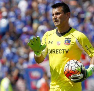 Mosa confirma que Justo Villar se irá de Colo Colo para liberar cupo de extranjero