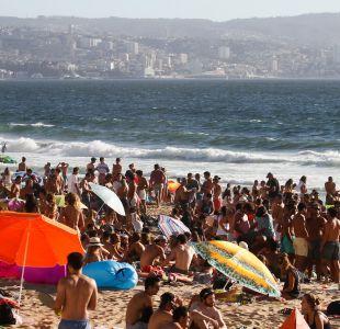 Veranistas: Estudio revela que un 42% de los chilenos prefiere la época estival