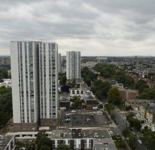 Evacuan cinco edificios en Londres por razones de seguridad tras incendio en Torre Grenfell