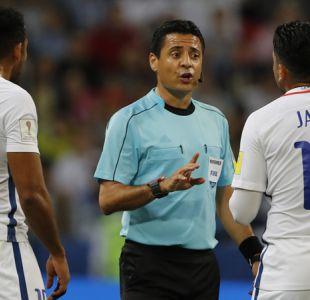 """Ex árbitro FIFA lanza grave acusación por VAR no aplicado a Chile: """"Cuidado en la final"""""""