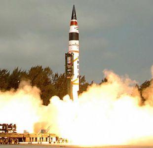 Potencias nucleares reducen y modernizan arsenales