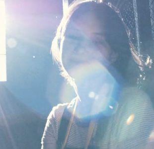 Unió un año de videos y mensajes para conmover con una sorpresa a su novia