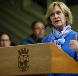 Evelyn Matthei anuncia que no pagará dineros al Mineduc y que correrá el riesgo de ir a la cárcel