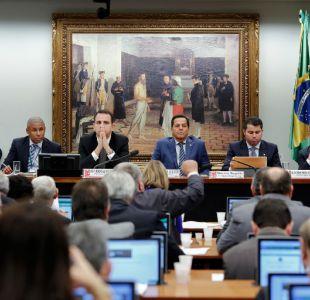 Comisión de diputados en Brasil recomienda archivar proceso contra Temer