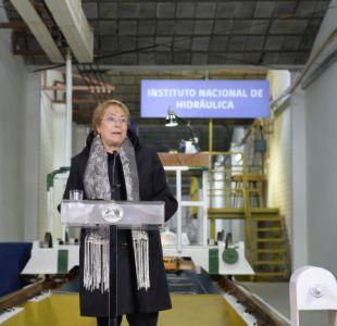 Presidenta Bachelet visitó el Instituto Nacional de Hidráulica