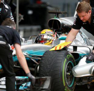 Hamilton junto a la escudería Mercedes logra en Silverstone su 67ª pole position