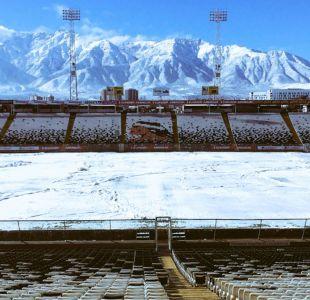[VIDEO] Copa Chile en suspenso: La nieve obligó a parar el fútbol