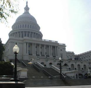 Congreso de EEUU votará sanciones contra Rusia, atando las manos de Trump