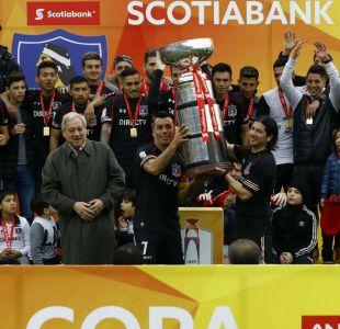 [VIDEO] Así alzaron Esteban Paredes y Jaime Valdés el trofeo de la Supercopa