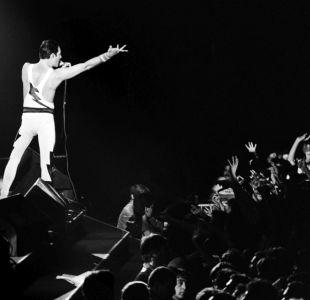 ¡Sorpresa!: Siri ahora sabe cantar como Freddie Mercury
