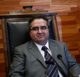 Profesor de la facultad de Derecho de la Universidad de Chile acata sanción por denuncia de acoso