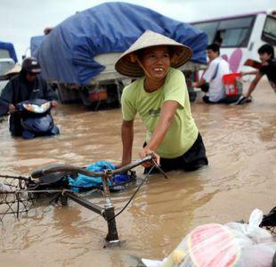 Al menos 56 muertos por inundaciones en el sudeste de Asia