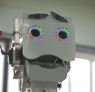 """Eva"" será el primer robot anfitrión de un centro comercial en Chile"