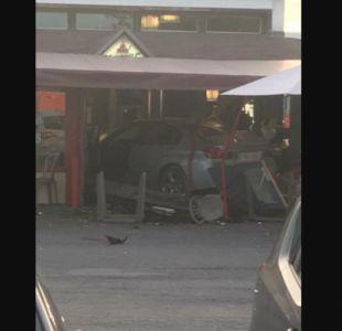 Vehículo se lanza contra pizzería en Francia y provoca la muerte de una niña