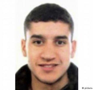 Barcelona: Madre de principal sospechoso le pide entregarse