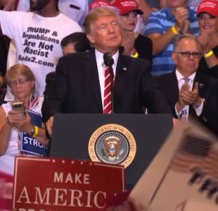 Trump lanza fuerte discurso para defender su reacción en Charlottesville