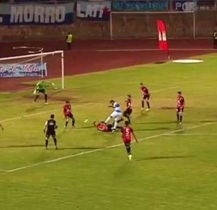 [VIDEO] Jugador de Antofagasta está internado tras recibir violenta patada en su cabeza