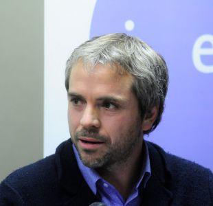 Coordinador programático de Piñera arremete contra Guillier y Undurraga