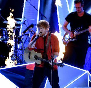 Pareja bautiza a su hija en honor a Ed Sheeran y el músico le dedica una canción en un show