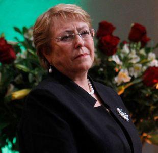 CEP: Bachelet sube tres puntos en aprobación y llega a un 21%