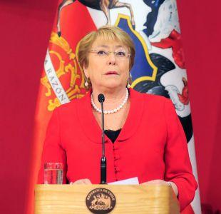 Columna del New York Times destaca gestión de Michelle Bachelet