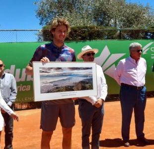 Tenista Nicolás Jarry se titula campeón del Challenger de Quito