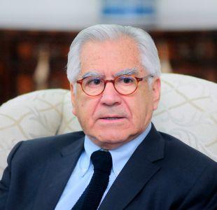 """Mario Fernández: """"No hay motivo para pedirle la renuncia al general Villalobos"""