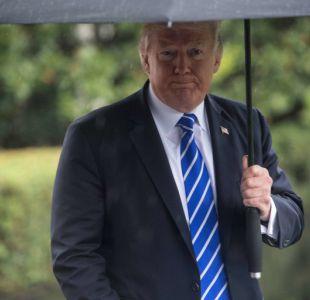 Trump firma suspensión de límite de deuda y ayuda por huracanes