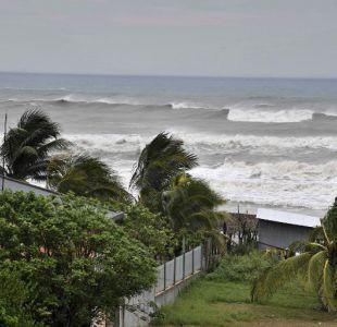 En medio de réplicas del terremoto, México se prepara para el huracán Katia