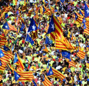 Independentistas catalanes se toman las calles en masiva celebración de su fiesta nacional