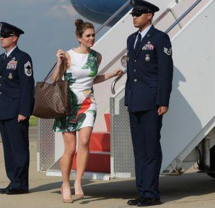 Tiene 28 años, ex modelo y amiga de Ivanka: así es la nueva directora de comunicaciones de Trump