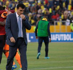 DT de Ecuador no renunciará pese a intentos por despedirlo antes del duelo con Chile