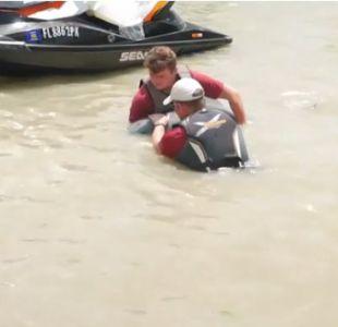 [VIDEO] Huracán Irma llevó a delfín hasta el jardín de una casa en Marco Island, Florida