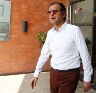 Mosa reafirma que no han recibido dinero de Under Armour y asegura que Valdivia continuará