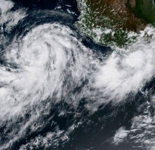 Huracán Rosa se fortalece a categoría 4 en la costa del Pacífico mexicano