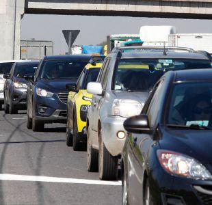 Fiestas Patrias: 155 vehículos salieron de Santiago este viernes.