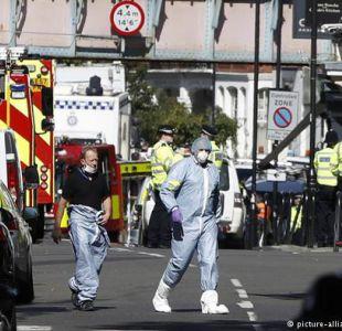 Reino Unido eleva alerta terrorista al máximo tras explosión de artefacto en el metro de Londres.