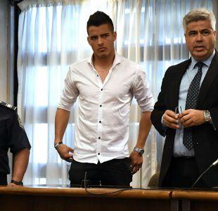 Futbolista argentino es condenado a seis años y medio de cárcel por violación
