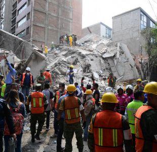 Familiares de víctimas de terremoto en México exigen informes sobre los suyos