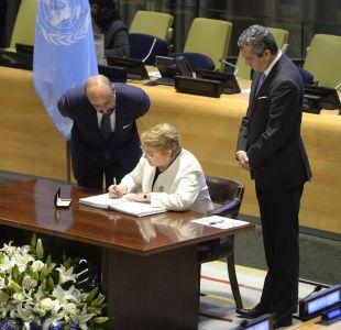 Bachelet firma Tratado de Prohibición de Armas Nucleares en la ONU