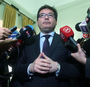 Ministro Barraza tras dichos sobre terrorismo: En Chile vivimos tranquilamente