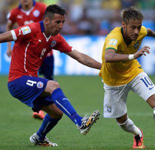 """Neymar y Dani Alves en riesgo de perderse el duelo ante """"La Roja"""" por suspensión"""