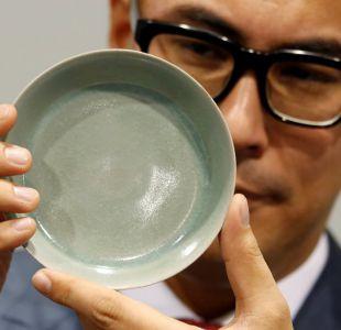 Un tazón de porcelana china marca récord en una subasta