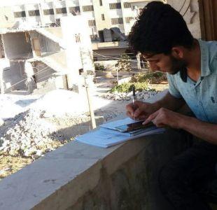 Así estudian medicina los jóvenes de Siria acorralados por la guerra