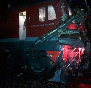 Al menos 16 muertos en choque entre un tren y autobus en Rusia