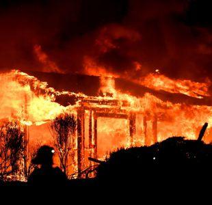 Diez muertos por devastadores incendios en región del vino de California