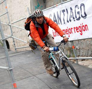 [FOTOS] Mapocho pedaleable: inauguran vía provisoria por el lecho del río